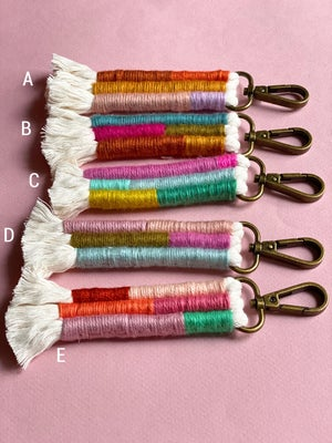 Image of Fiber Keychain 'Fruity Pebbles'