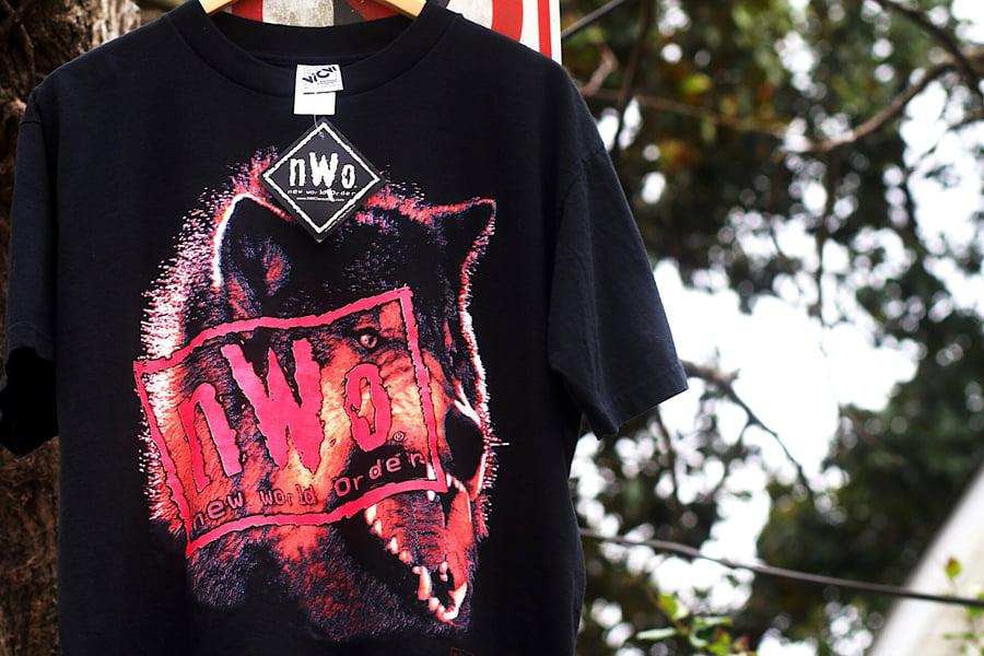 "Image of  Rare 1998 Vintage WCW World Championship Wrestling ""NWO - New World Order"" Wrestling Tee"