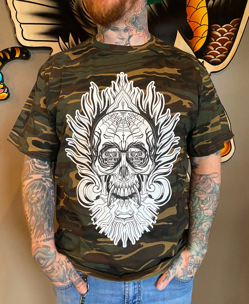 Image of Camo t-shirt