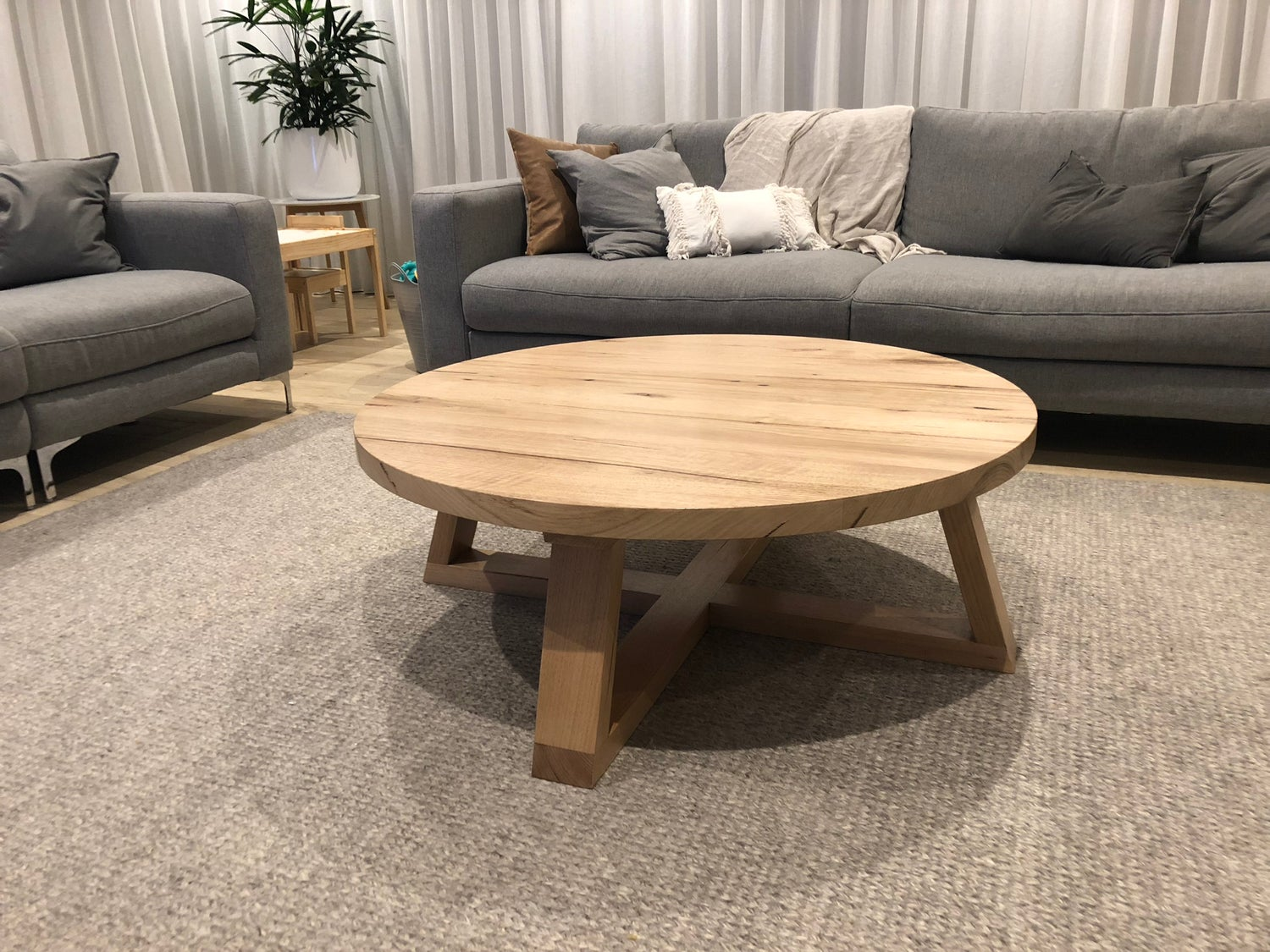 Image of Circle Coffee Table