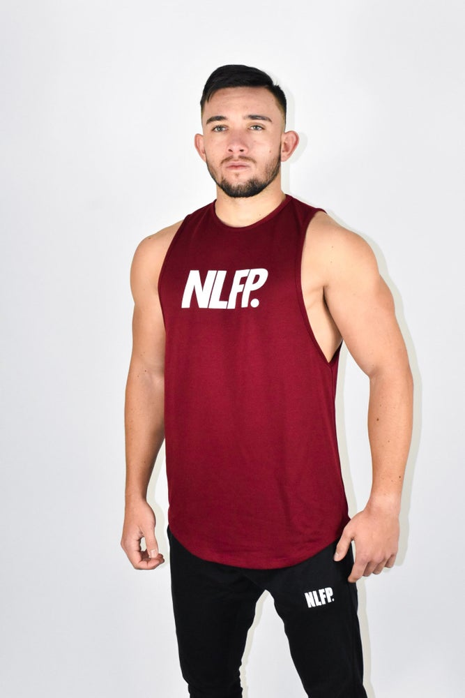 Image of SIGNATURE CUT OFF SCOOP TANK BURGUNDY