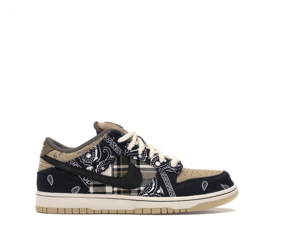 Image of NIKE X TRAVIS SCOTT SB DUNK LOW  CT5053-001
