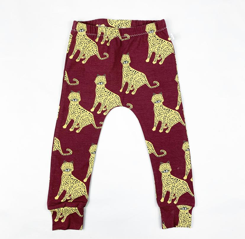 Image of Berry Cheetah Leggings