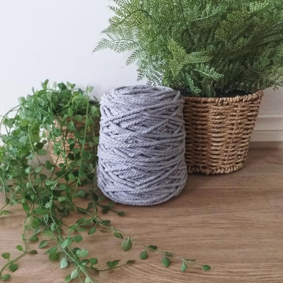 Image of 1kg Light Grey 3ply Rope