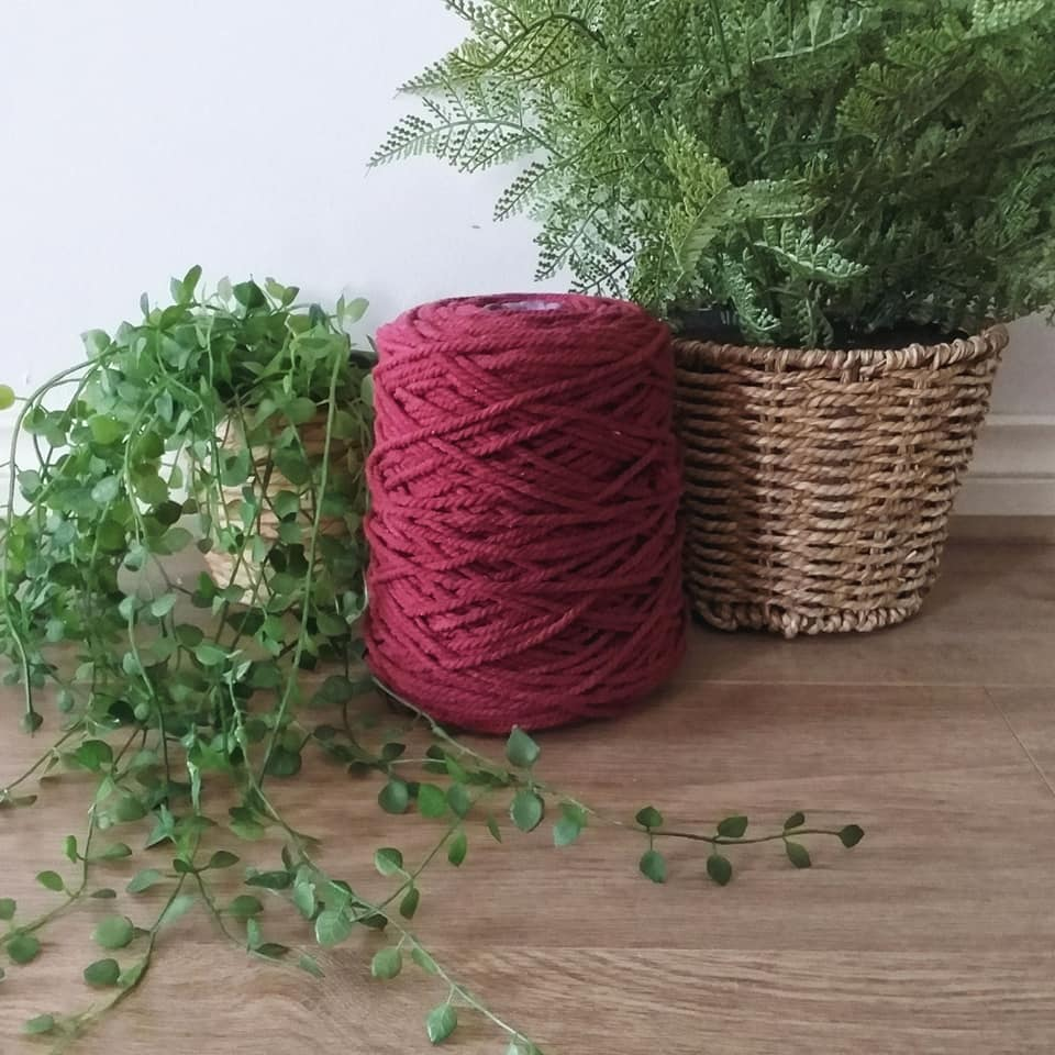 Image of 1kg Red Wine 3ply Rope