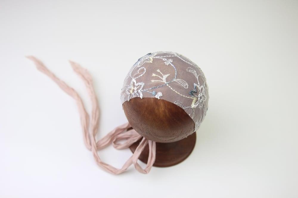 Image of Newborn Bonnet - G