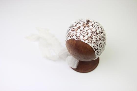 Image of Newborn Bonnet - K