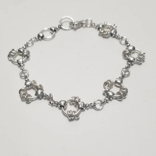 Image of links and rings bracelet