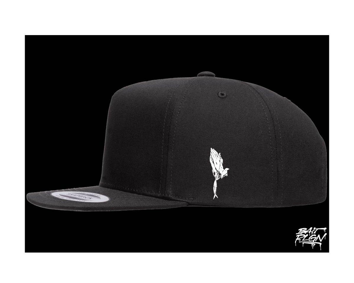 Image of ORIGINAL DESIGN SNAPBACK CAP