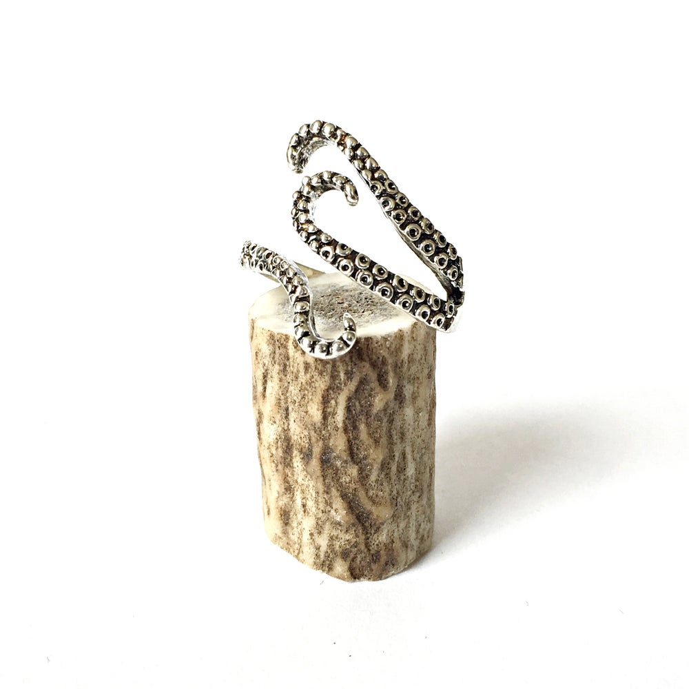 Image of Antiqued Tentacle Ring