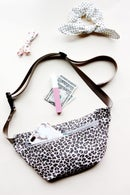 Image 1 of the FANNIE fanny pack PDF pattern