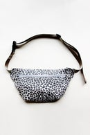 Image 2 of the FANNIE fanny pack PDF pattern