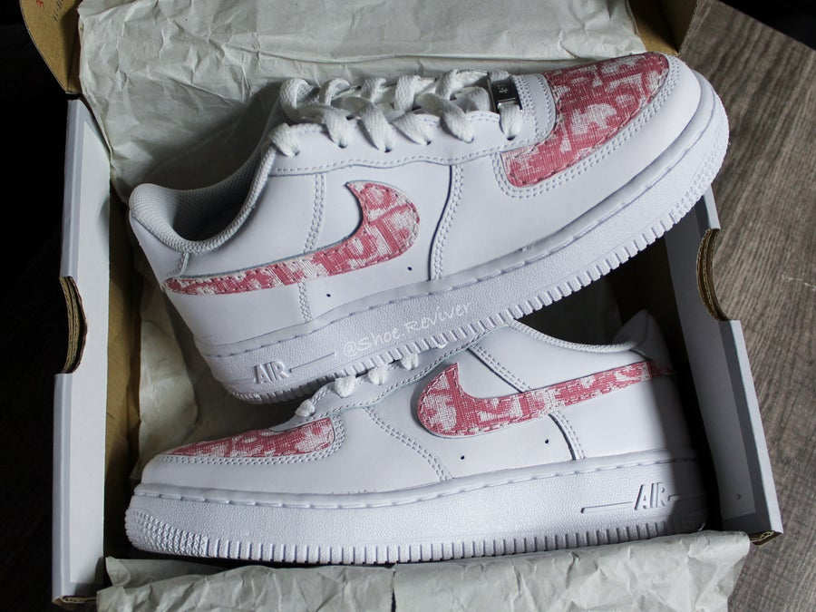"Image of ""Pink Dior"" Air Force 1"