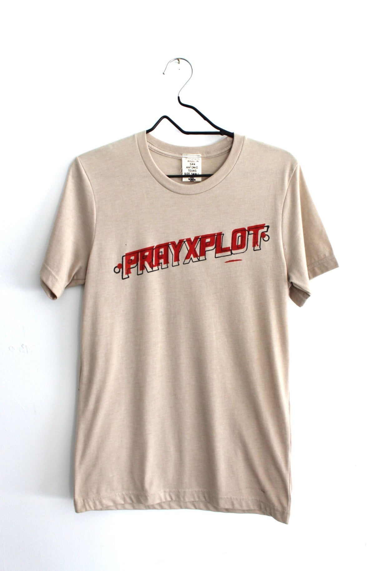 Image of that hot tee in tan