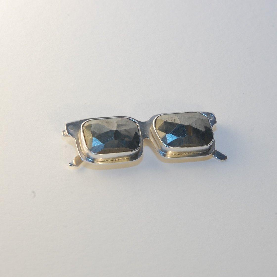 Image of Faceted Pyrite Medium Sunglasses Pendant