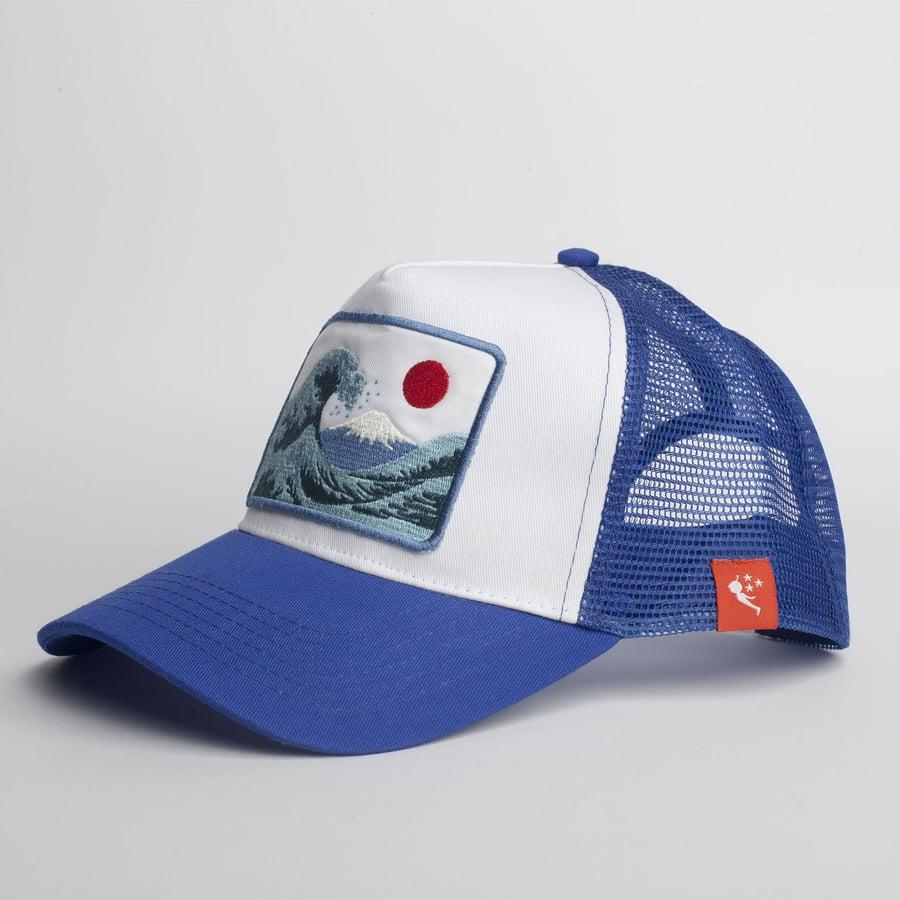 Image of Gorra Trucker - Gran Ola Japón - Color Azul/Blanco