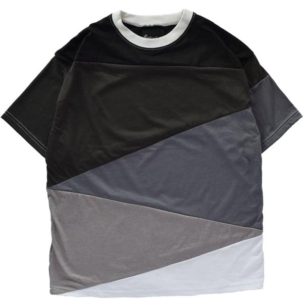 Image of Diagonal Cut Gradient Tee