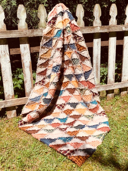 Image of Triangle Rag Quilt - Custom Made in Any Size