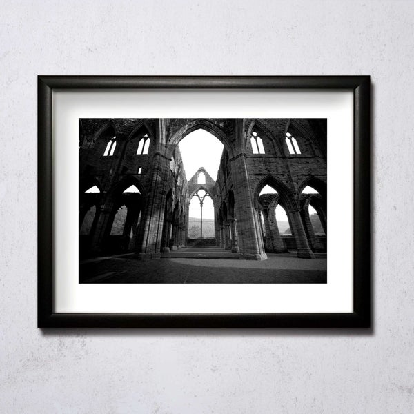 Image of Tintern Abbey b&w 01 A4/A3 photographic print