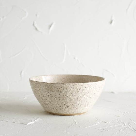 Image of Cream speckled bowl 2