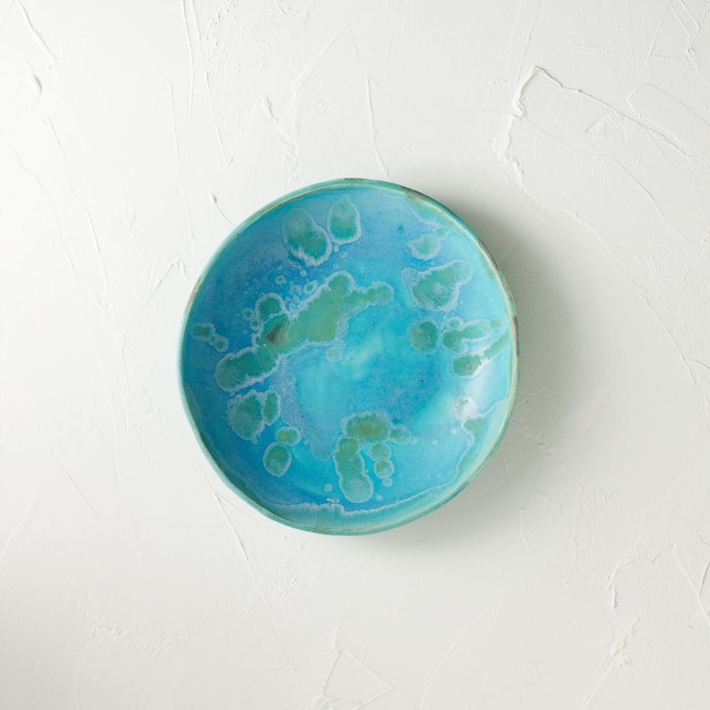 Image of Earth's ocean bowl