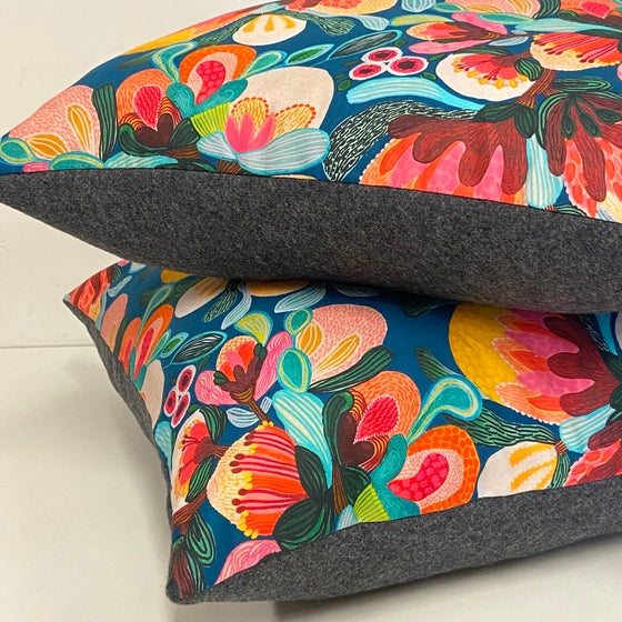 Image of Cushion - Bold Floral