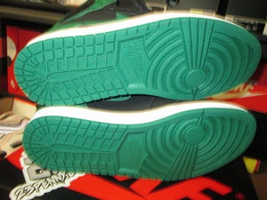 """Image of Air Jordan I (1) Retro High OG """"Pine Green/Black"""""""