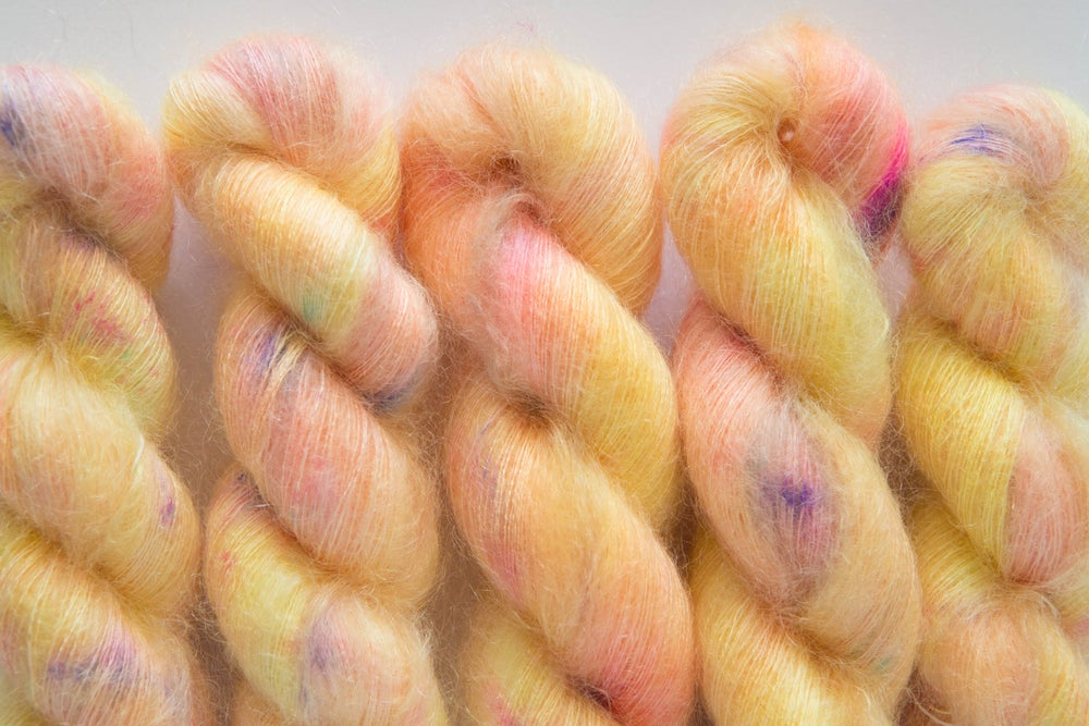 Image of Fluffy Lace - Vanilla