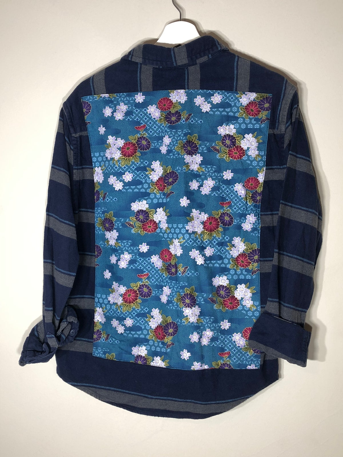 Image of Navy Floral Button-up