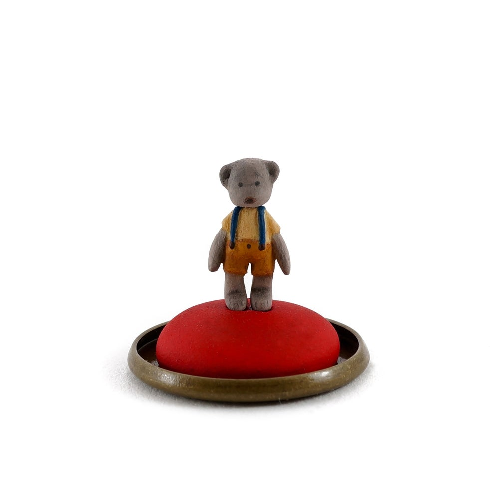 Image of Dorimu Miniature Teddy Bear in glass dome (#13)