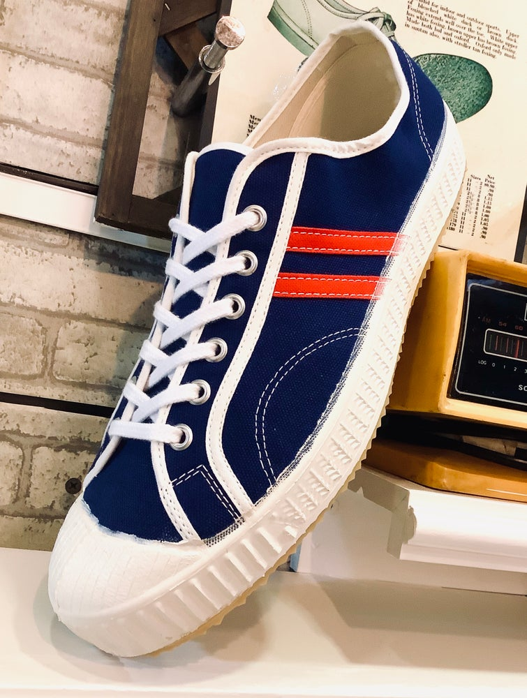 Image of VEGANCRAFT vintage lo top tricolor sneaker shoes made in slovakia