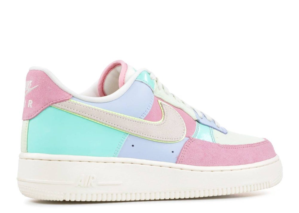 "Image of Nike Air Force 1 '07 QS ""Spring Patchwork"""