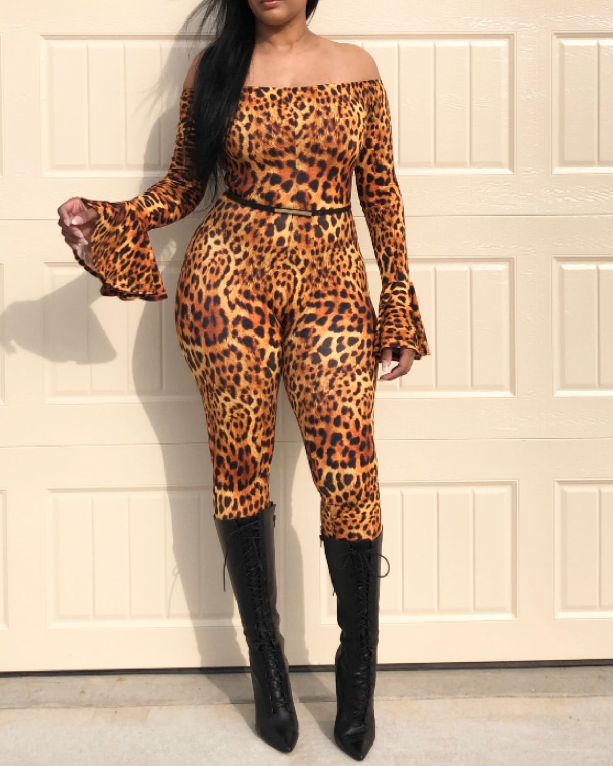 Wild Cheetah off-the-shoulder dunk suit