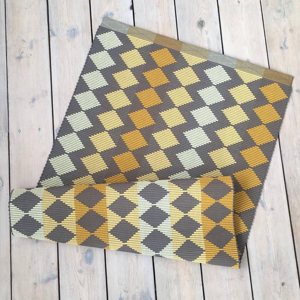 Image of Rug RHOMBUS - Yellow & grey