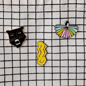 Image of Smile pin