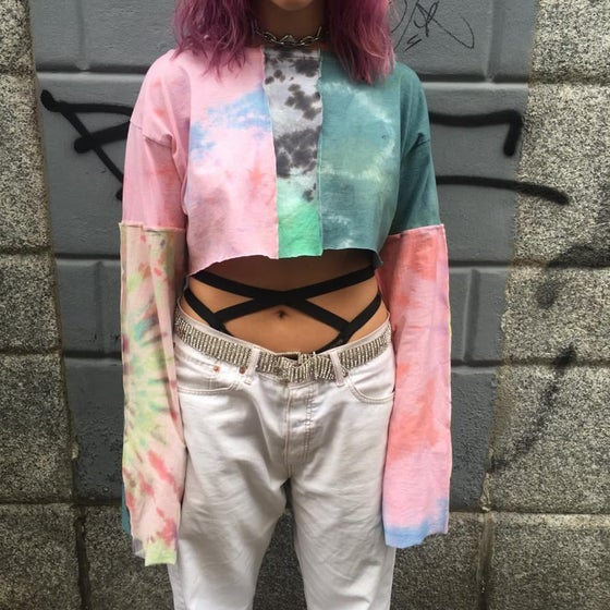 Image of CROP TOP TIE DYE PATCHWORK T-SHIRT