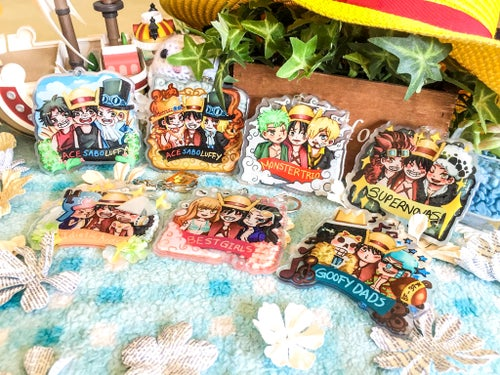 Image of One Piece Luffy and Nakama Charms