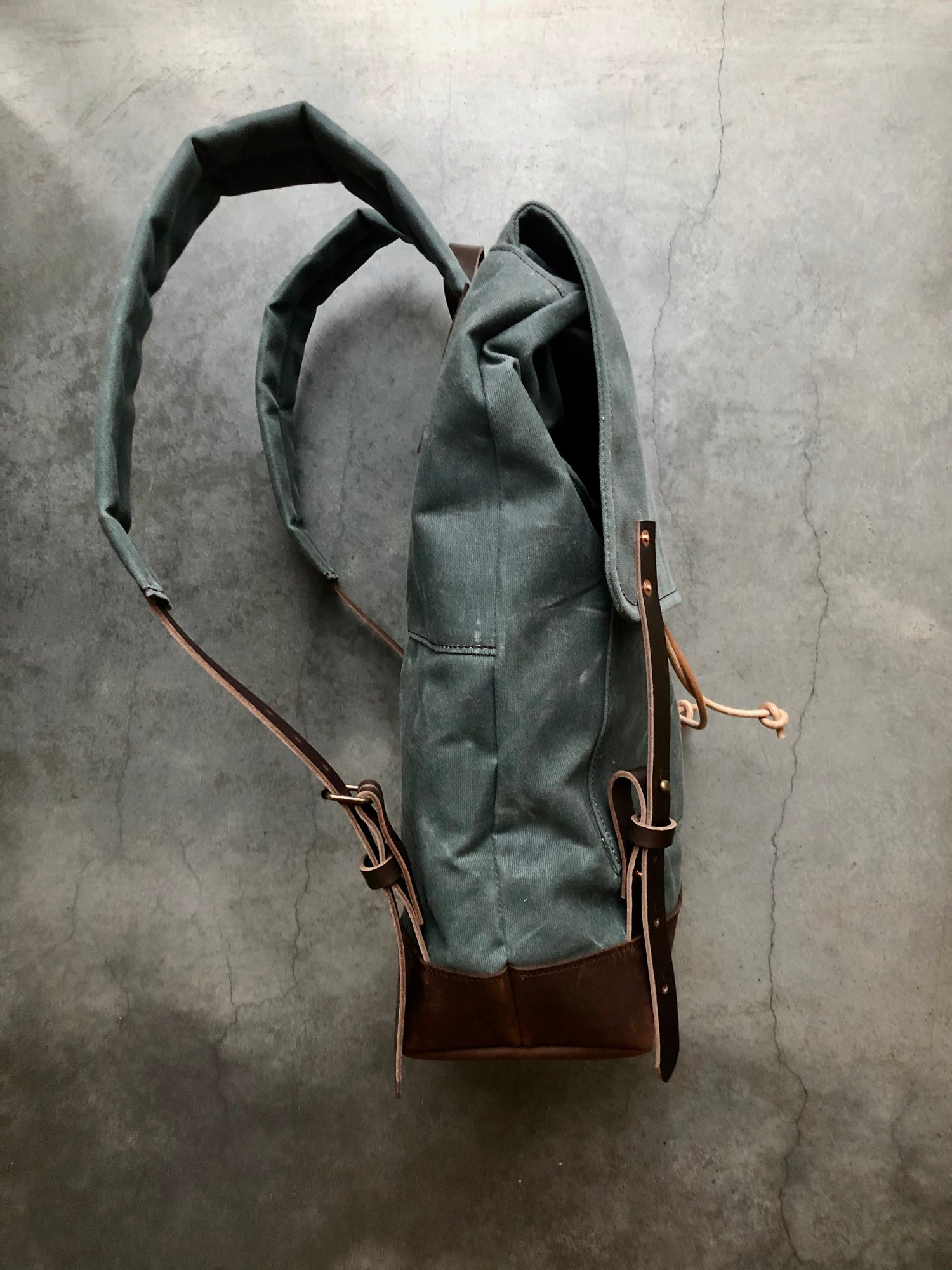 Image of Backpack in gray waxed canvas / rucksack with folded top and waxed canvas flap
