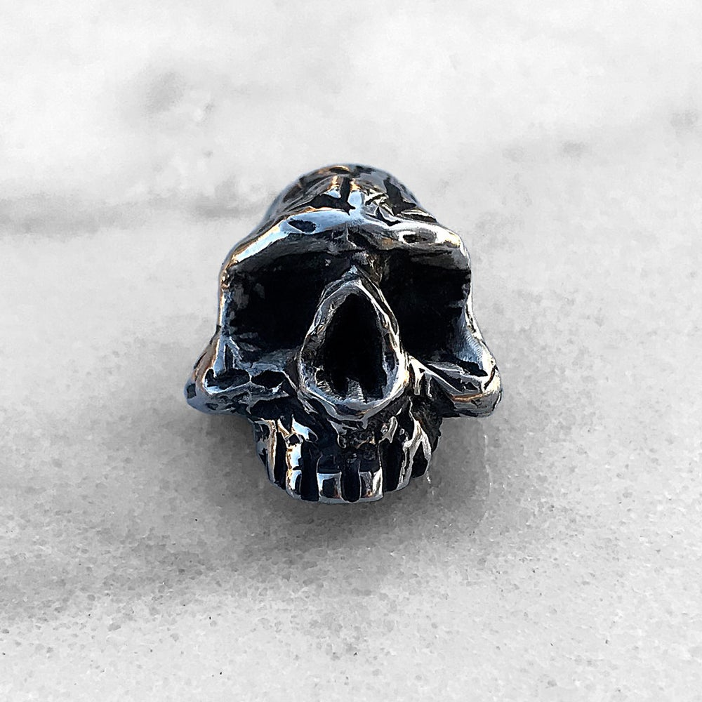 Image of Skull Pin