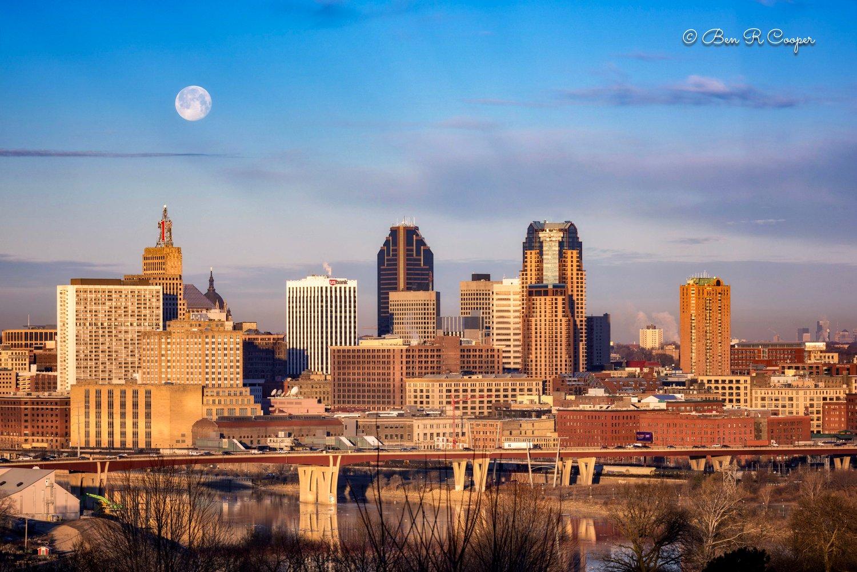 Moon Over Saint Paul