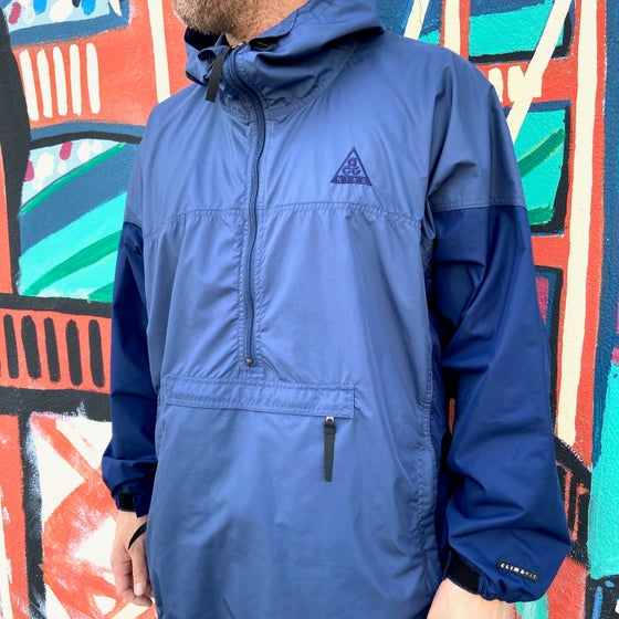 Image of Vintage 1990's Nike ACG Navy Blue Packable Anorak Jacket Sz.XL (Women's)