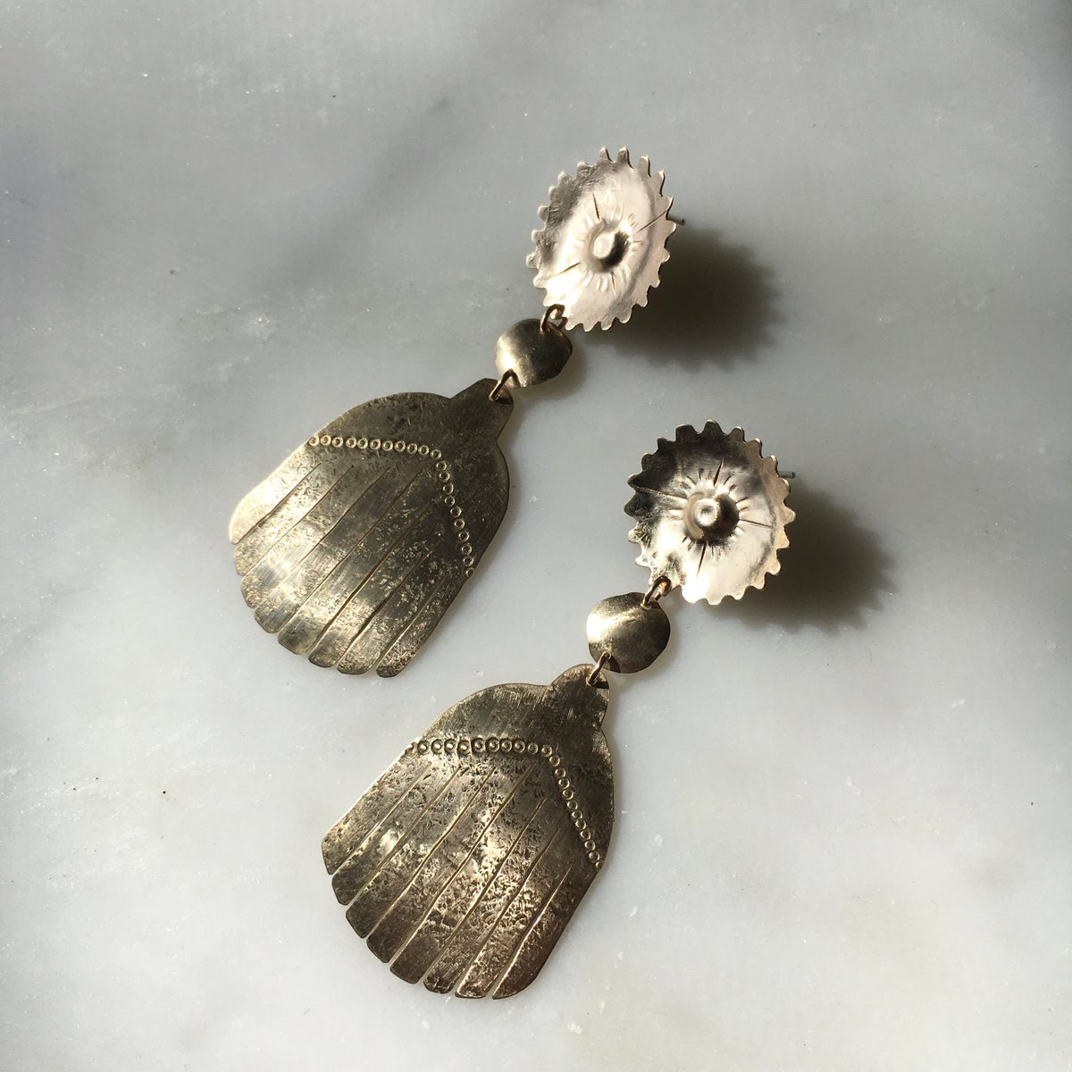 Image of wilde earring