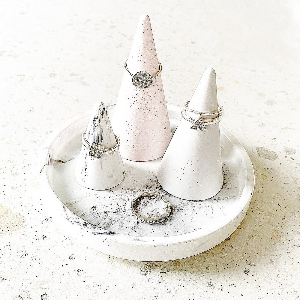 Image of 'REMI' Ring Cone & Tray Set