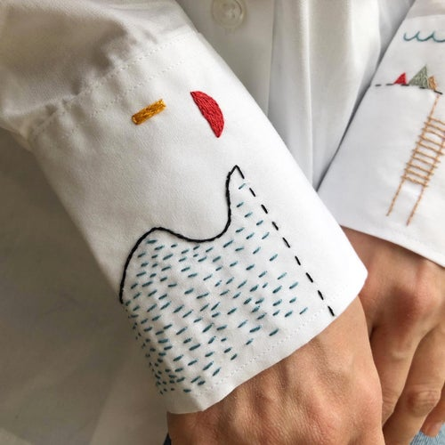 Image of Animals Play on the secret island of Mei, hand embroidered, FAIR trade, one of a kind cotton shirt
