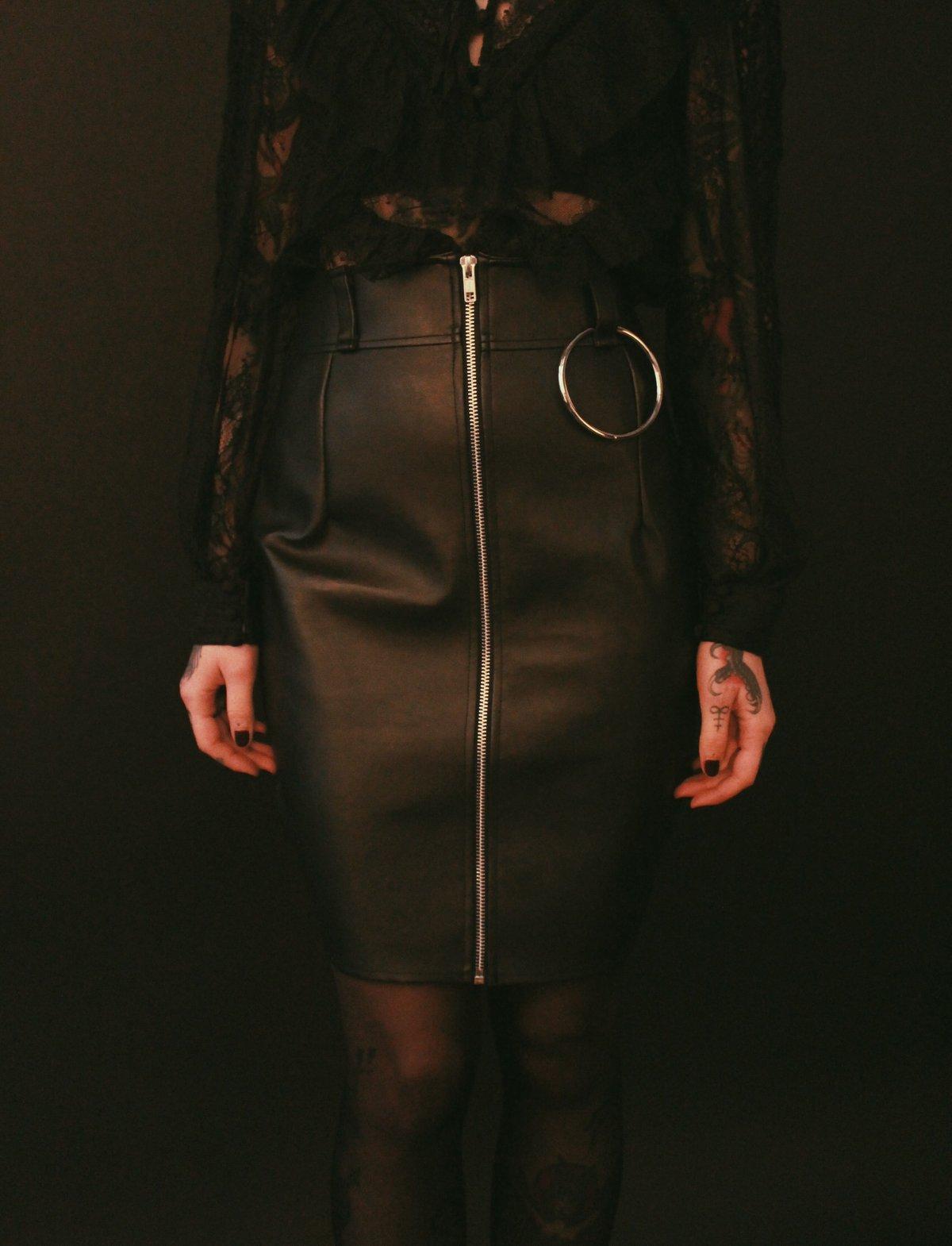 Gwendoline skirt black vegan leather