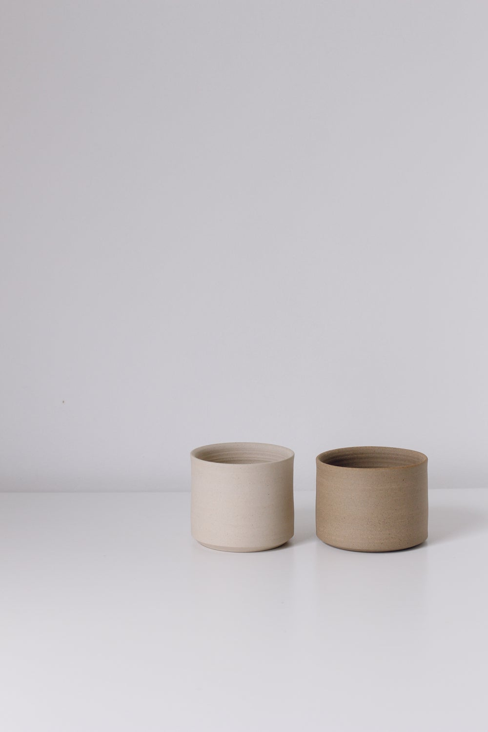Image of Set of 2 Planters Sand