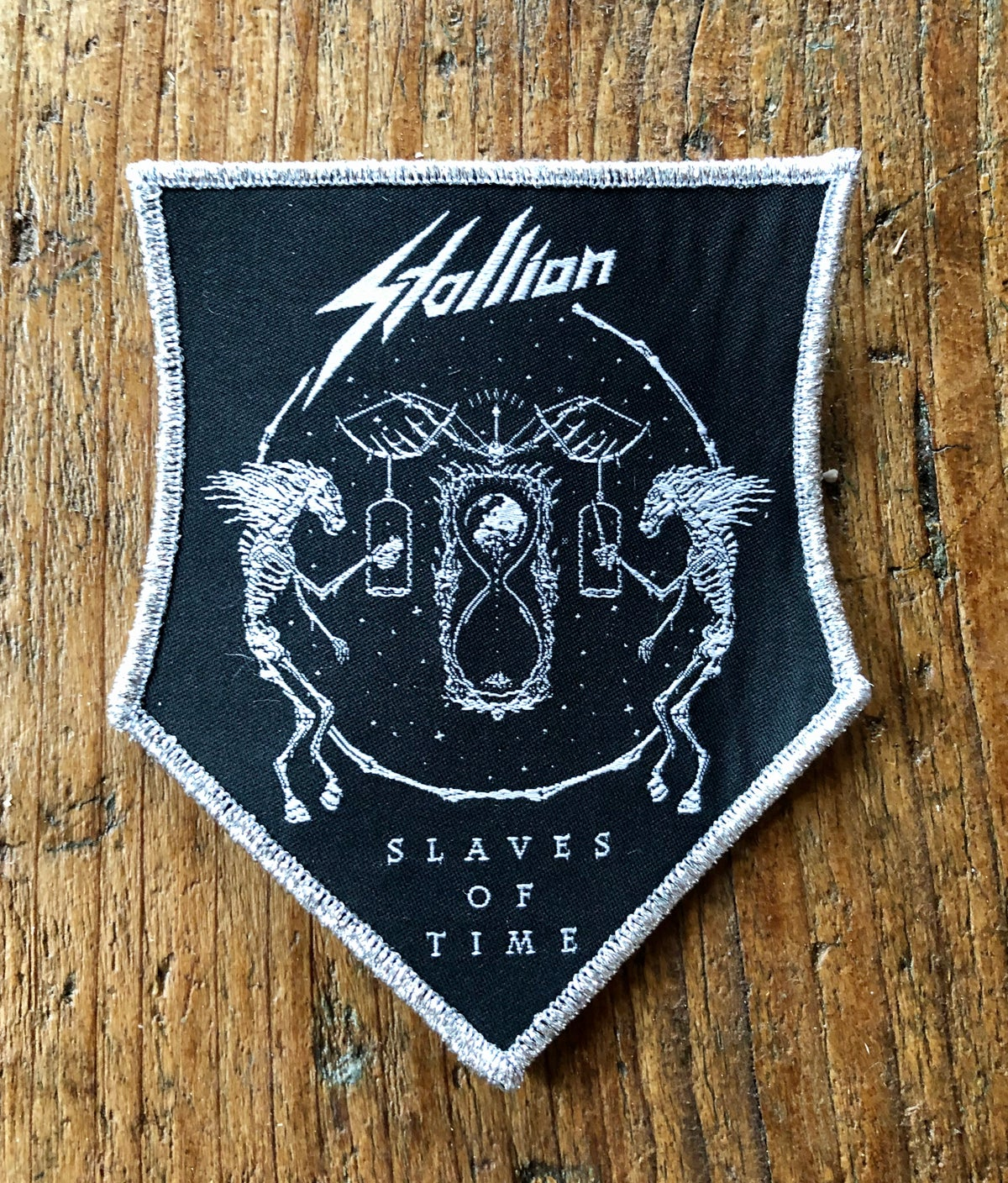Slaves of Time - Patch 1 (Emblem Shape)