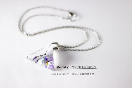 Image of Woody Nightshade (Solanum dulcamara) - Prism Necklace #2