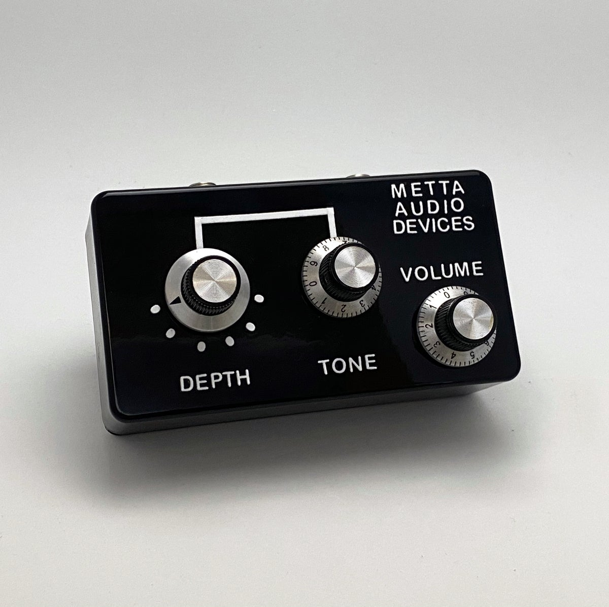 Image of Volume &  Rotary Tone Control / Passive Attenuator & Low Pass Filter
