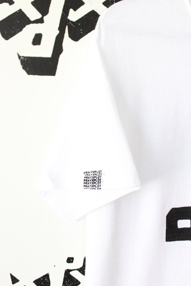 Image of this right here tee in white